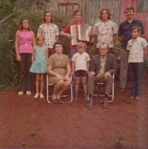 Foto da família em Santo Alberto.