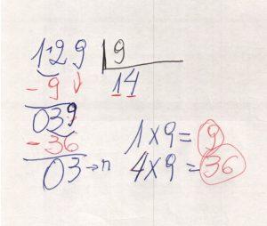 Divisão de números na chave 4