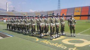 militares-presentes-na-homenagem-as-vitimas-do-acidente